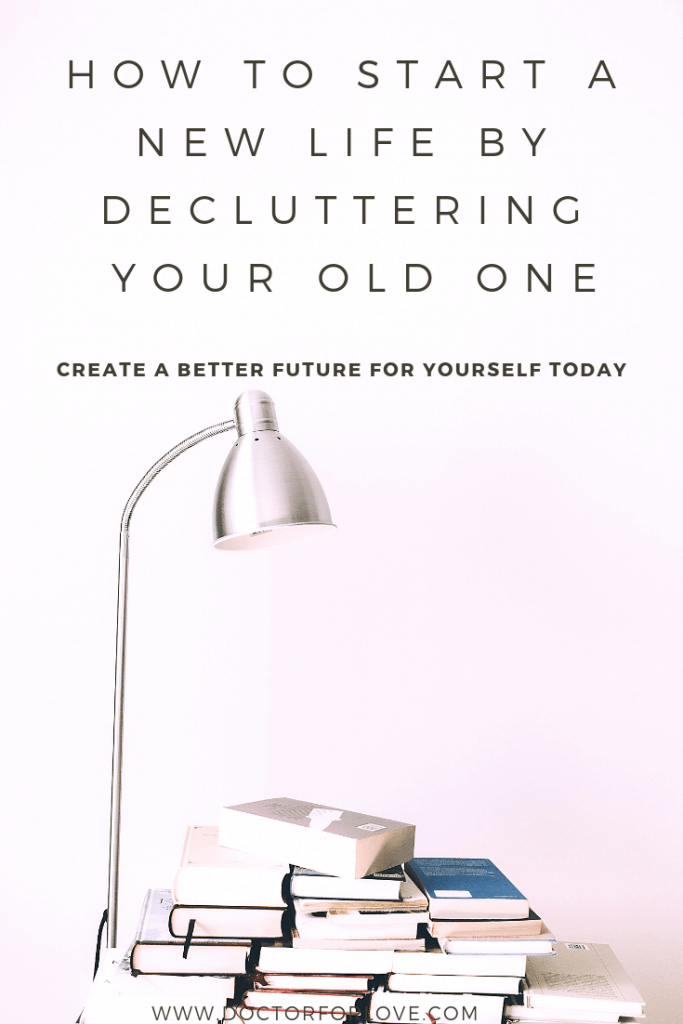 Simplify your life by organising it and declutter yourself from all negative things. Change your life by doing these 2 things #declutteryourlife #decluter #simplifyyourlife #selfhelp #selfcare