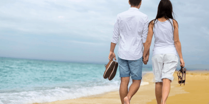 walking on the beach - relaitonship goals